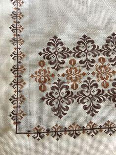 Biscornu Cross Stitch, Cross Stitch Pillow, Cross Stitch Bird, Cross Stitch Borders, Cross Stitch Flowers, Cross Stitch Designs, Cross Stitching, Cross Stitch Embroidery, Cross Stitch Patterns