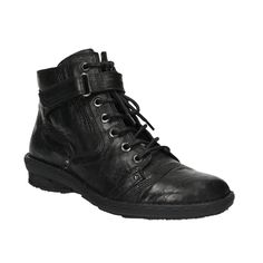 Dámské kotníčkové boty v černé barvě, která neomrzí. Obuv má kožený svršek i podšívku a také měkkou pohodlnou stélku, takže se skvěle hodí na delší podzimní procházky. Skvěle se k nim budou hodit vínové legíny a černý delší svetr.