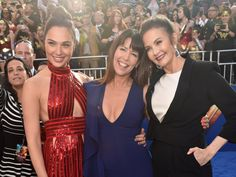 #PattyJenkins believes #GalGadot's #WonderWoman will be as iconic as #LyndaCarter's but admits she would have looked for an American girl.