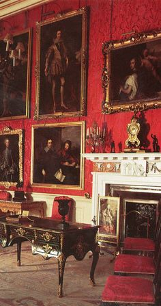 Detail of the red drawing room, showing the lavish interiors of the State Apartments....Blenheim Palace