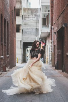Tulle Skirt Twirling in Nashville, TN | Christy Shaterian Photography | Nashville Photographer | Portrait | Glamour | Senior | City Photoshoot