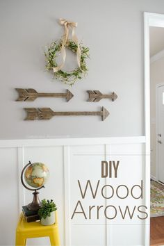 How to make Wood Arrows    Tutorial for 3 different size arrows which are perfect for walls, mantels, shelves, etc!
