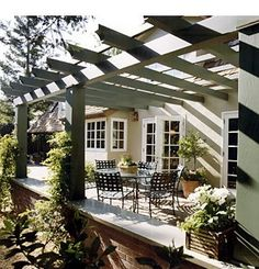 Pergola like the way this attaches to side of house no cross beam on wall