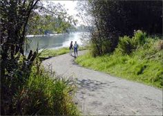 Fort to Fort Trail - Fort Langley - I love walking my dogs here.