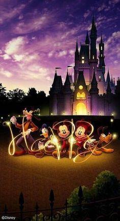 Ideas wall paper pattern disney mickey mouse for 2019 Gif Disney, Images Disney, Disney Pictures, Disney Art, Disney Pixar, Arte Do Mickey Mouse, Mickey Mouse And Friends, Disney Mickey Mouse, Mickey Mouse Wallpaper