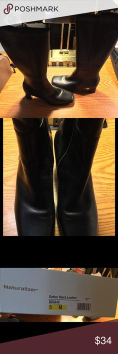 Naturalizer Boots very stylish Dalton black size five Minutes. Shoes Heeled Boots