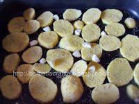Muşchi felii cu cartofi la cuptor | Rețete BărbatLaCratiță Kefir, Dog Food Recipes, Pork