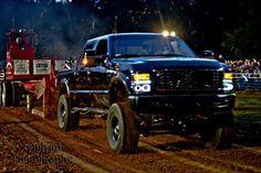 niiice #diesels #trucks #black #lifted #dodge #ford #gmc #chevy #cummins #powerstroke #duramax #diesel #truck #dieseltrucks #dieselsellerz #dieselpowergear #power #turbo