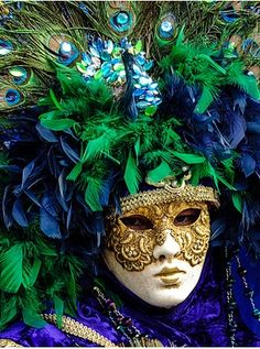 ,Blue and green are what they call tertiary colors, meaning they sit next to each other on the color wheel. Booth are cool shades so they are refreshing and also calming. Pay attention to the undertone ( red, yellow) to see which shades work together. Mardi Gras Carnival, Venetian Carnival Masks, Carnival Of Venice, Venetian Masquerade, Masquerade Ball, Venice Carnivale, Venitian Mask, Costume Venitien, Venice Mask