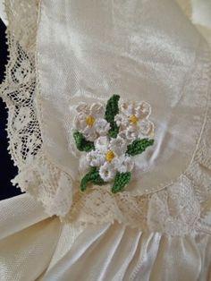 Sweet-Vintage-Communion-Satin-Lace-Little-Girls-Dress