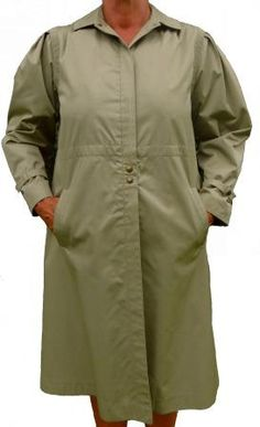 A straight cut coat from Erle zf in a light Nino flex water resistant fabric with pleated shoulders, cuff ties, two outer pockets, a back flap, hidden buttons and a full lining. An elegant and feminine coat in excllent condition. To Obtain, Straight Cut, Coats For Women, Ties, Raincoat, Feminine, Weather, Buttons, Pockets