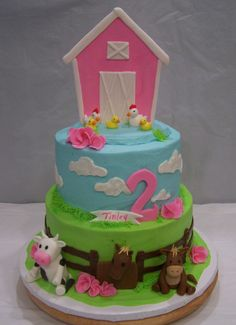 Could do a farm cake in pink for lexie Farm Animal Cakes, Farm Animal Party, Farm Animal Birthday, Barnyard Party, Farm Party, Farm Birthday Cakes, Horse Birthday Parties, Girl 2nd Birthday, Cowgirl Birthday