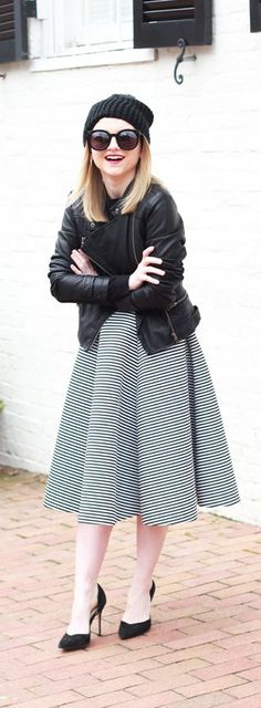 HOW TO STYLE BLACK AND WHITE STRIPES - WINTER BLACK AND WHITE STYLE - POOR LITTLE IT GIRL
