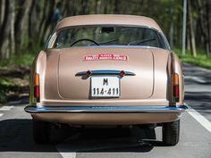 Deze Alfa Romeo 1900 C Sprint Supergioiello wordt te koop aangeboden door veilinghuis RM Sotheby's via Classic Driver. De auto met chassisnummer 01549...