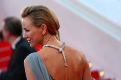 Naomi Watts wore a diamond Bulgari Serpenti necklace back to front so the snake's tail trailed elegantly down her back