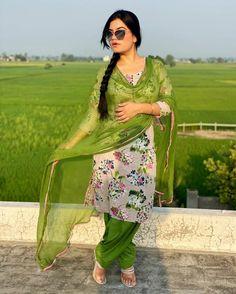 Kaur B, Matte Lipstick Shades, Patiyala Suit, Wedding Lehenga Designs, Embroidery Suits Design, Everyday Dresses, Beauty Full Girl, Punjabi Suits, Daily Wear