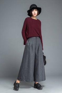 The wool pants is made of wool blend, it has a polyester lining. The wide leg pants have two pockets. The winter pants are. Baggy Pants, Grey Pants, Wide Leg Pants, Trousers, Outfits With Gray Pants, Plaid Pants, Women's Pants, Adidas Pants, Sport Pants
