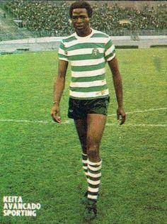 Salif Keita of Sporting Lisbon & Mali in Football Soccer, Football Players, Portugal Soccer, Sport C, African, Running, Scp, Mens Tops, Lisbon