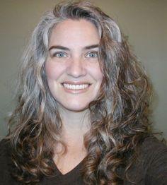 Výsledok vyhľadávania obrázkov pre dopyt 40 year old grey hair