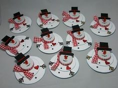 Tealight snowmen - another version.  Could be used as card, place card, gift tag.