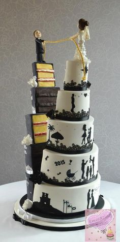 What a unique Wedding Cake!