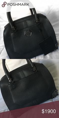 Authentic Nearly New Philipp Plein Hand Bag Excellent! Hardly used. Made in Italy. Black leather. Tote Bag. Limited edition! Phillip Plein Bags Totes