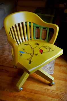 Desk chair in Yellow