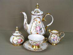 Renaissance, Tea Sets Vintage, Tea Strainer, Tea Service, Chocolate Pots, Tea Cup Saucer, Tea Pots, Antiques, Tableware