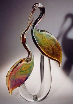 Graceful Calcedonio Murano glass herons from one of our sister sites. Glass Art Design, Art Of Glass, Blown Glass Art, Murano Glass, Fused Glass, Venetian Glass, Glass Vase, Bird Sculpture, Sculpture Projects