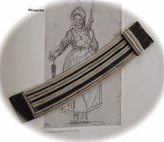 Bracelet-tour de poignet -  latex et fermetures-éclair