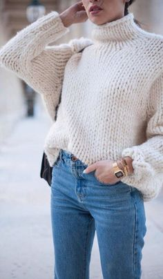 This turtle neck sweater is adorable!