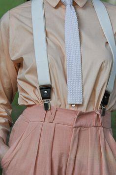 Suspensórios e gravata Neon. | Fotos Fotosite