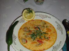 CIORBA DE MIEL Supe, Hummus, Thai Red Curry, Quiche, Breakfast, Ethnic Recipes, Food, Easter, Honey