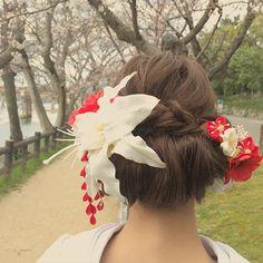 * 今日の新婦様 * 後楽園の旭川沿いは桜咲いてた * #ブライダル #ウエディング #ヘアスタイル #ヘアメイク #プレ花嫁 #和装ヘア #色打掛 #結婚式 #前撮り #岡山 #後楽園 #bridal#wedding#hairandmakeup