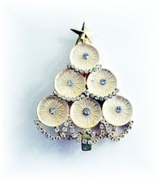 Unusual Christmas Tree Pin