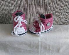chaussons bébé/reborn forme basket coloris vieux rose 0/3 mois