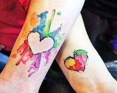 Precisando de inspiração para fazer uma tattoo com o seu par romântico? Inspire-se com esses incríveis exemplos!