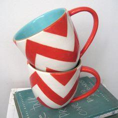 taza mug cup desayuno breakfast blanco rojo red white decoración decoration estampados patterns chevron diseño design miraquechulo