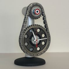 Nice timing chain clock