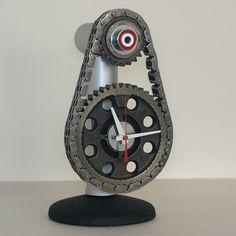 Nice timing chain clock