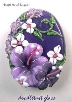 This is a Freaking Beautiful Bead!!  I want it hanging around my neck!!  Lampwork Focal Bead - Bead Magazine