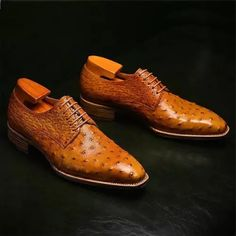 Formal Ostrich Derby Shoes for Men Stylish Shoes For Men, Trendy Mens Shoes, Leather Brogues, Leather Men, Leather Shoes, Soft Leather, Suede Leather, Mens Business Shoes, Spectator Shoes