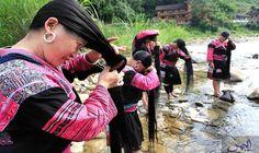 نساء ياو يُبرزن أنَّهن لا يقصن شعرهن…: كشفت جريدة الشعب الإلكترونية عن جماعة ياو العرقية في مقاطعة قوانغشي الصينية حيث لا تقص النساء شعرهن…