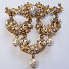 Designer, Signed Costume Amazing Rare Bracelet Signed Miriam Haskell Wide Pearl Cuff Crystals Rhinestones