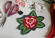 Over the years I've experimented with many different forms of applique, tested 100's of fusible interfacings, spray glue or webbings, a...