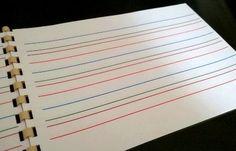 Je vous propose ici de petits cahiers d'écriture, format A5, à imprimer en recto-verso et à relier. Ils sont réalisés avec un interligne de 5 mm, en deux versions : noir et blanc couleurs Pou…