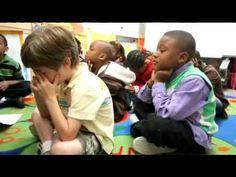 Relaxation et actes de gentillesse - YouTube https://www.youtube.com/watch?v=4y6HYyi5mYU&feature=youtu.be  Les écoliers de 91 écoles primaires de Vancouver ont intégré à leur routine quotidienne une séance de relaxation et des actes de gentillesse. Ils apprennent ainsi à gérer leur stress et leurs angoisses. Cela a des répercussions sur leur réussite scolaire, comme l'explique Geneviève Milord.