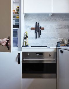 LifeEdited 2 is a prototype micro apartment in New York City created by Graham Hill, founder of popular eco website TreeHugger. New York Apartments, Tiny Apartments, Decorating Small Spaces, Interior Decorating, Decorating Ideas, Interior Design, Soho, Graham, Tiny Houses For Sale