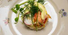 Lyxig smörgås med hummer, majonnäs och grönsaker   Recept från Köket.se Hummer, Chutney, Pesto, Cabbage, Vegetables, Food, Juice, Lobsters, Cabbages