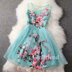Mint floral sleeveless mini lace dress LOVE,,, Looks like the dress. did you buy it? Skater Dress, Dress Skirt, Lace Dress, Dress Up, Organza Dress, Mint Dress, White Dress, Skater Outfits, Bustier Dress